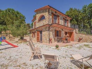3 bedroom Villa in La Sassa, Tuscany, Italy : ref 5644667