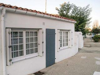 3 bedroom Villa in La Tranche-sur-Mer, Pays de la Loire, France : ref 5552194