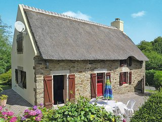 2 bedroom Villa in Moelan-sur-Mer, Brittany, France : ref 5438219