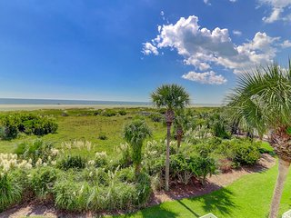 41 Beach Club Villa