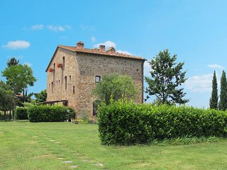 2 bedroom Apartment in Montaione, Tuscany, Italy : ref 5446765