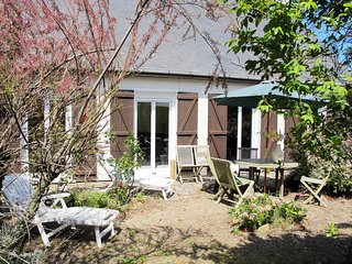 3 bedroom Villa in Trévou-Tréguignec, Brittany, France : ref 5668702