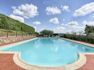 2 bedroom Apartment in Barberino Val d'Elsa, Tuscany, Italy - 5561761