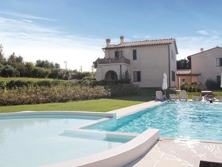 2 bedroom Villa in Cerreto Guidi, Tuscany, Italy : ref 5540215