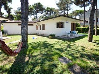 3 bedroom Villa in Lignano Sabbiadoro, Friuli Venezia Giulia, Italy : ref 564662