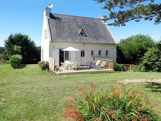 3 bedroom Villa in Run Daoulin, Brittany, France : ref 5650409