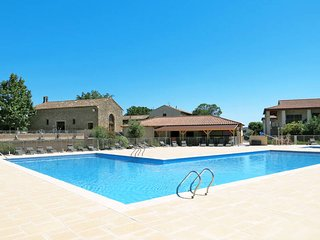 3 bedroom Apartment in Azille, Occitania, France : ref 5440600
