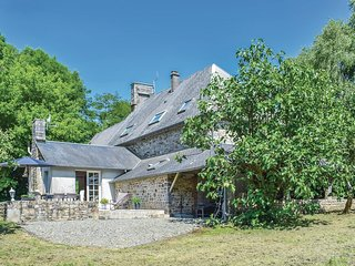 4 bedroom Villa in Saint-Vigor-des-Monts, Normandy, France : ref 5539301