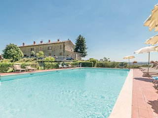 2 bedroom Apartment in Cortoreggio, Tuscany, Italy : ref 5541065