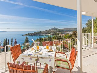 Apartments Katica - Superior One Bedroom Apartment with Balcony and Sea View