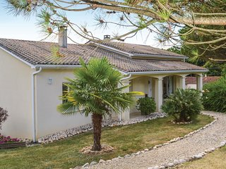 4 bedroom Villa in Cavillac, Nouvelle-Aquitaine, France : ref 5534966