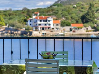 2 bedroom Apartment in Pokrivenik, , Croatia : ref 5609511