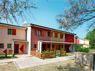3 bedroom Villa in Isola Albarella, Veneto, Italy : ref 5444990