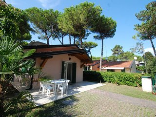2 bedroom Apartment in Lignano Pineta, Friuli Venezia Giulia, Italy : ref 555657