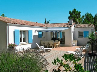 3 bedroom Villa in Chaucre, Nouvelle-Aquitaine, France : ref 5650113