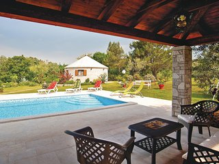 1 bedroom Villa in Manjadvorci, Istria, Croatia : ref 5564469