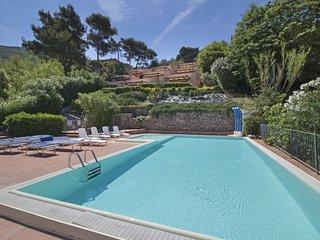 2 bedroom Apartment in Nisporto, Tuscany, Italy : ref 5555105