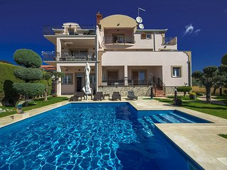 2 bedroom Villa in Vrvari, Istria, Croatia : ref 5608342