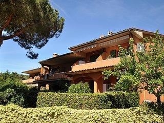 3 bedroom Apartment in Porto Azzurro, Tuscany, Italy : ref 5546018