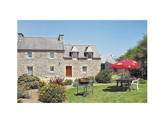 6 bedroom Villa in Plouneour-Trez, Brittany, France : ref 5522044