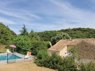 3 bedroom Villa in Saint-Julien-de-Peyrolas, Occitania, France : ref 5522248