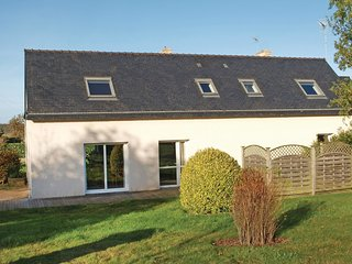 3 bedroom Villa in Saint-Meen-le-Grand, Brittany, France : ref 5522060