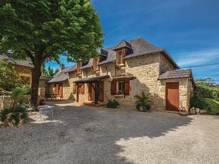 3 bedroom Villa in La Chapelle-Mouret, Nouvelle-Aquitaine, France - 5543309