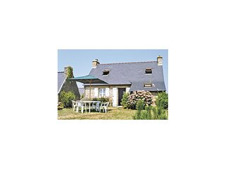 2 bedroom Villa in Ménesguen, Brittany, France - 5538903