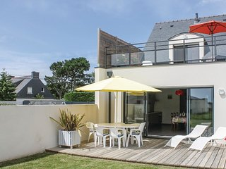 3 bedroom Villa in Bétahon, Brittany, France : ref 5541072