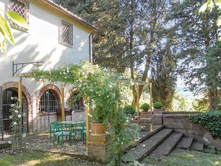 3 bedroom Villa in Le Case, Tuscany, Italy : ref 5540398