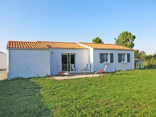 3 bedroom Villa in Domino, Nouvelle-Aquitaine, France : ref 5650512