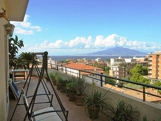 2 bedroom Apartment in Sorrento, Campania, Italy - 5557233