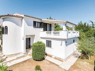 2 bedroom Apartment in Premantura, Istria, Croatia : ref 5622919