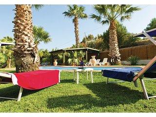 2 bedroom Villa in Porto Palo Est, Sicily, Italy : ref 5548348