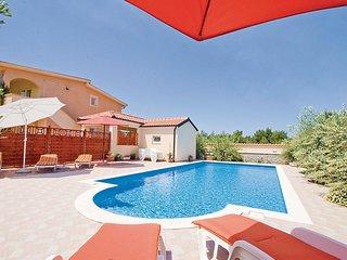 2 bedroom Apartment in Vir, Zadarska Županija, Croatia : ref 5562850