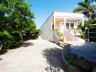 2 bedroom Villa in Marina di Mancaversa, Apulia, Italy : ref 5364970