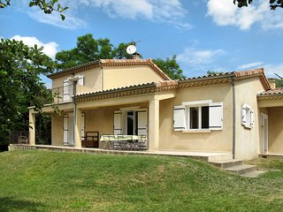 3 bedroom Villa in Chirols, Auvergne-Rhône-Alpes, France - 5435097