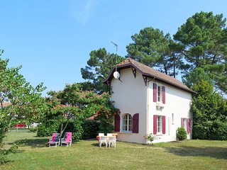 4 bedroom Villa in Lit-et-Mixe, Nouvelle-Aquitaine, France : ref 5434904