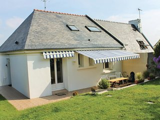 3 bedroom Villa in Plougonvelin, Brittany, France : ref 5565486