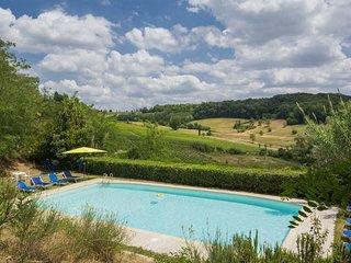 3 bedroom Apartment in Talciona, Tuscany, Italy : ref 5629704