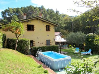 3 bedroom Villa in Il Vallone, Tuscany, Italy : ref 5651276