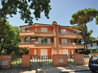 3 bedroom Apartment in Lido degli Estensi, Emilia-Romagna, Italy : ref 5539745