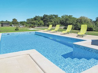 2 bedroom Villa in Divsici, Istria, Croatia : ref 5638436