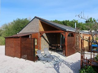 2 bedroom Villa in Kerlouan, Brittany, France : ref 5438173