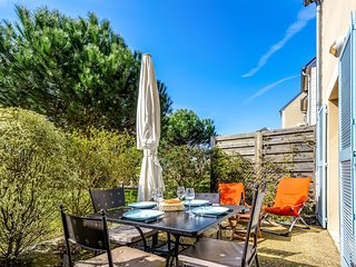 2 bedroom Apartment in Cancale, Brittany, France : ref 5606925