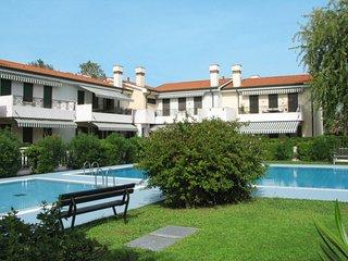 2 bedroom Apartment in Cavallino, Veneto, Italy - 5638585