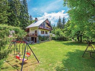 2 bedroom Villa in Crni Kal, Primorsko-Goranska Županija, Croatia : ref 5521330