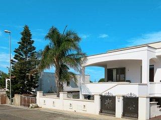 2 bedroom Apartment in Marina di Mancaversa, Apulia, Italy : ref 5473967