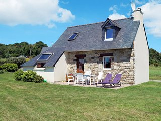 2 bedroom Villa in Crozon, Brittany, France : ref 5438096