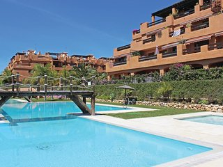 2 bedroom Apartment in Estepona, Andalusia, Spain : ref 5538443